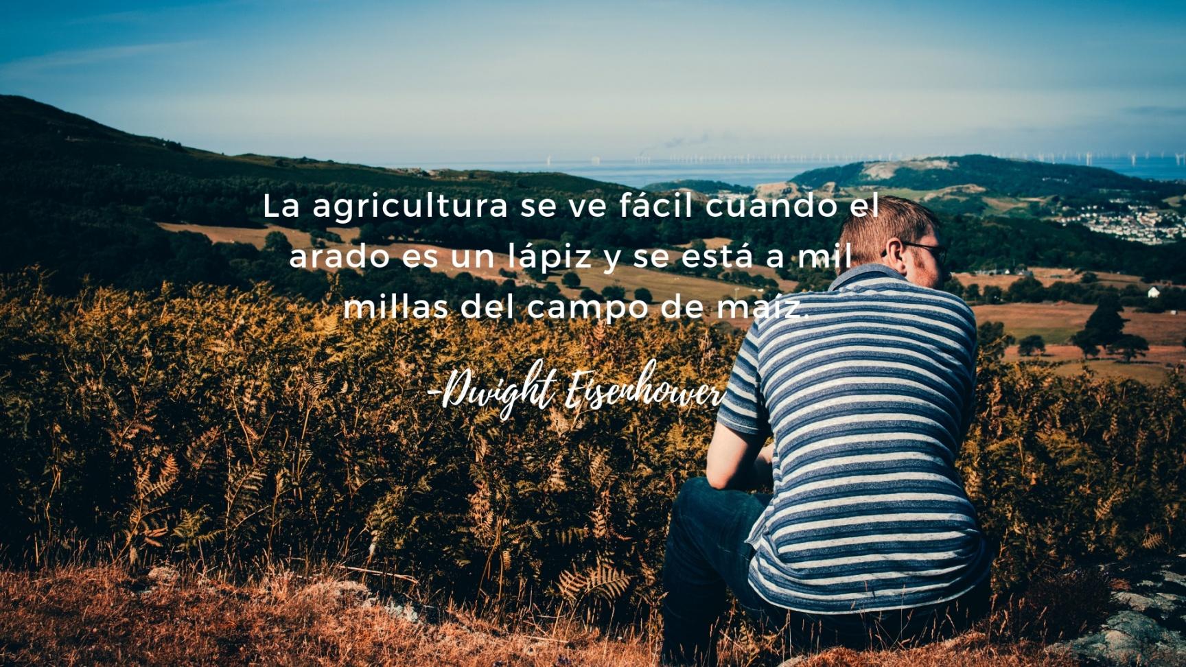 Agricultores prósperos significa más empleo, más prosperidad para los trabajadores y los hombres de negocios de todas las areas industriales en todo el país. (1) (1)
